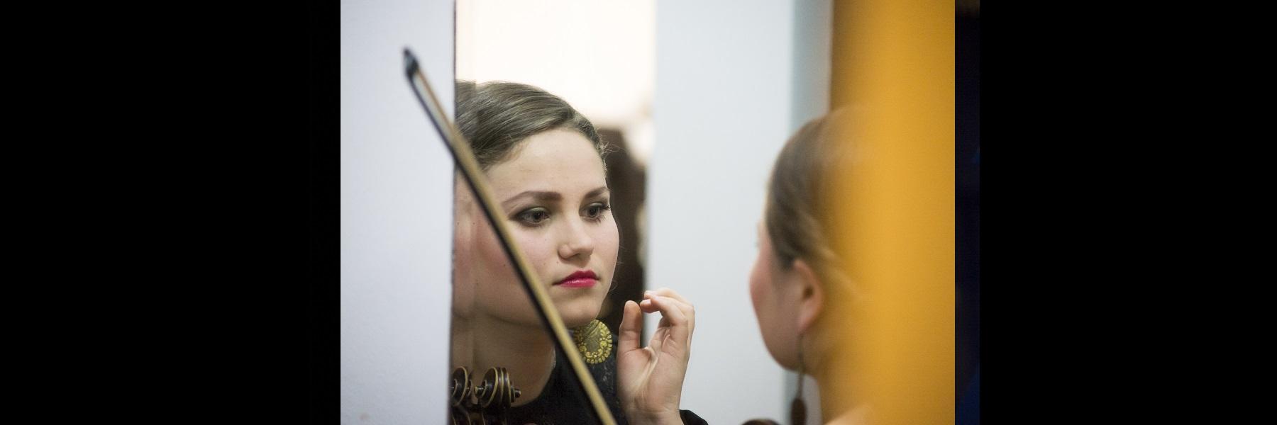 lipstick1800x600